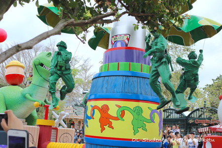 HKDL Flights of Fantasy Parade トイストーリー6