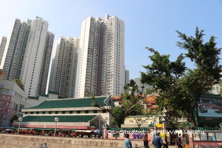 香港 嗇色園黄大仙祠 廟 駅から寺