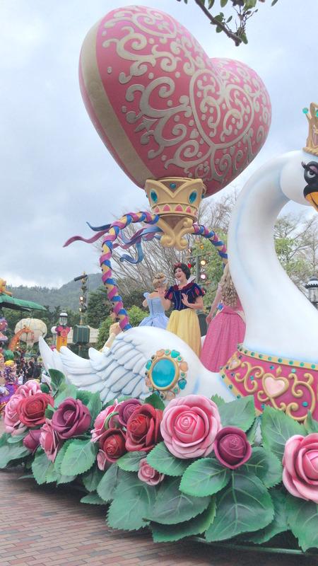 香港ディズニー おかしなパレード プリンセス2
