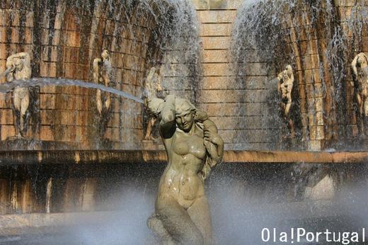 リスボンの美しい噴水(アラメダ)