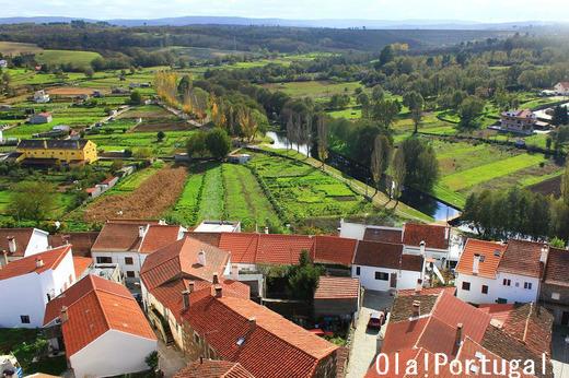 ポルトガルガイド本「レトロな旅時間ポルトガルへ」の著者のHP