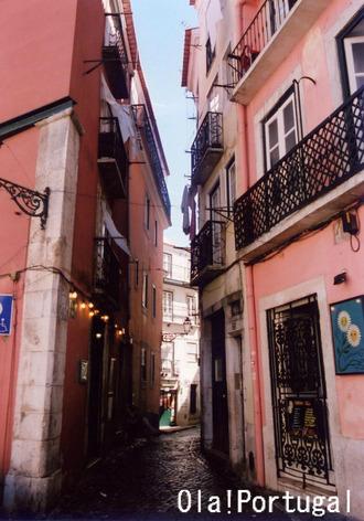 世界ぶらり街歩き:リスボン・アルファマ