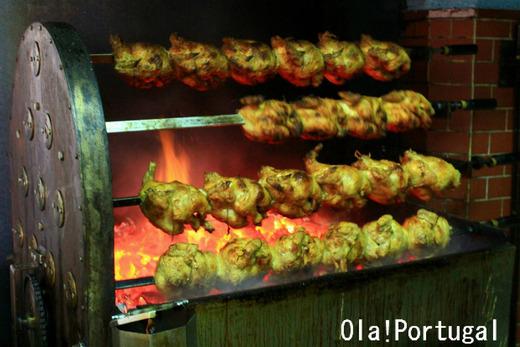 リスボンの大衆食堂:鶏の炭火焼屋