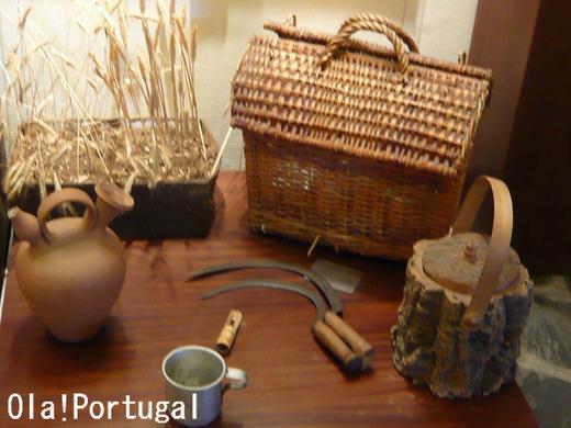 ポルトガル雑貨:コルクの弁当箱(右下)
