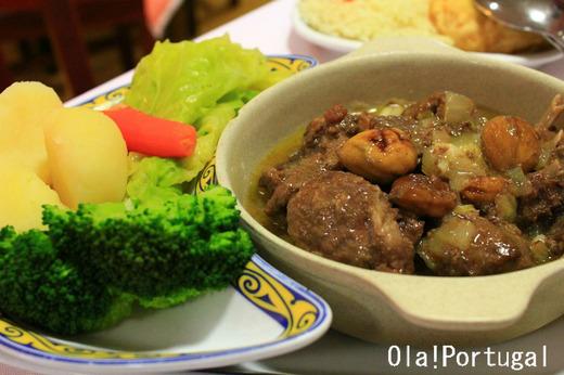 ポルトガル料理:Javali Estufado c Castanhas イノシシのシチュー