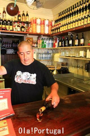 ポルトガル旅行記:リスボンの立ち飲み屋