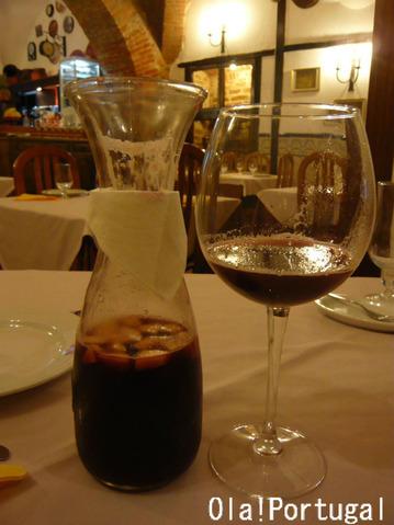 ヴィラ・ヴィソーザで飲んだSangria サングリア