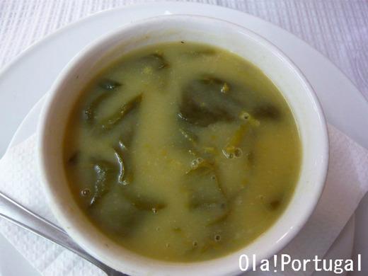 ポルトガル料理:Sopa de Espinafres (ホウレン草のスープ)