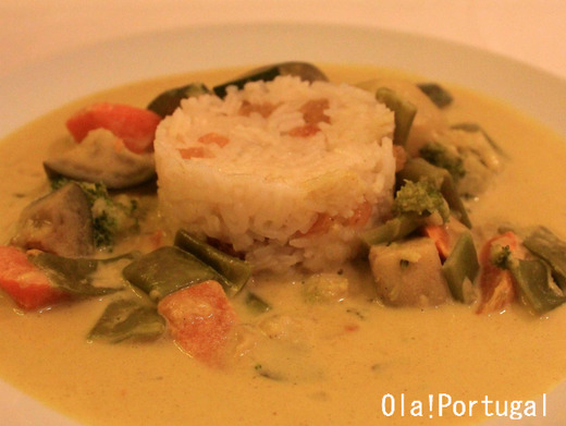 ポルトガル料理:ココナッツミルク入りの野菜シチュー