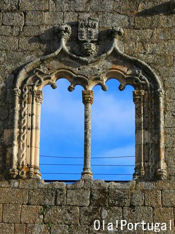マヌエル様式の窓:ベルモンテ城