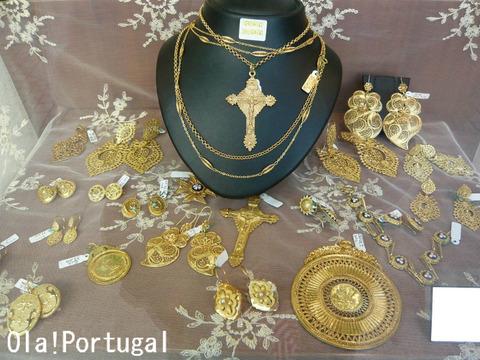 ポルトガル手工芸:金糸細工フィリグラーナ