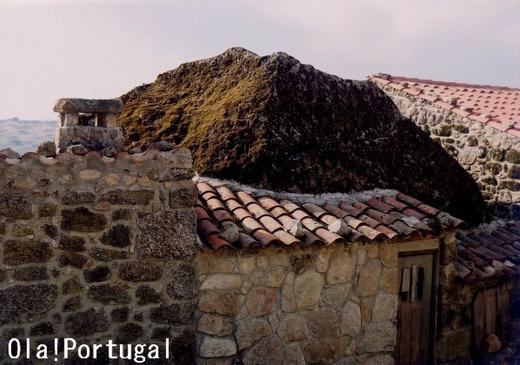 ポルトガル岩の家:Sortelha ソルテーリャ