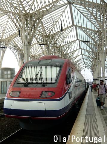 ポルトガル国鉄CPの特急アルファ・ペンドゥラール