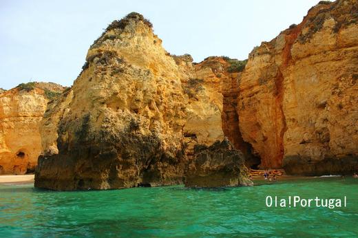 ポルトガルの美しいビーチリゾート:ラゴス