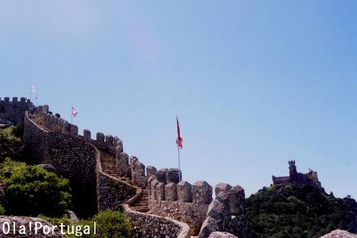 ポルトガル旅行記:シントラ(ムーアの城跡とペーナ宮殿)