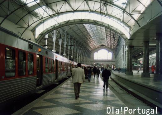 リスボン、ロシオ駅 Ola! Portugal与茂駄とれしゅ