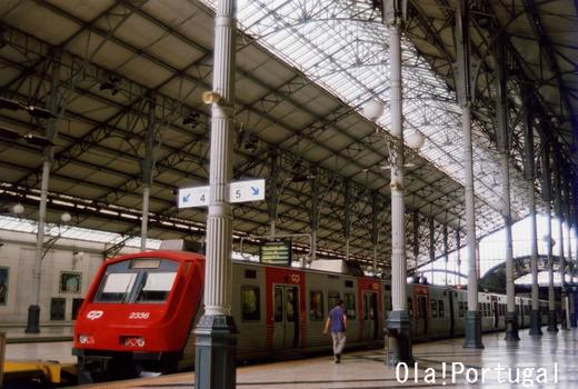 ポルトガル国鉄CP:カスカイス、シントラ方面