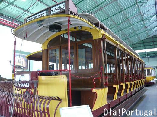 1910-50年に活躍したオープンデッキの路面電車