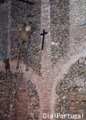 Evora エヴォラ:サン・フランシスコ教会(人骨堂)