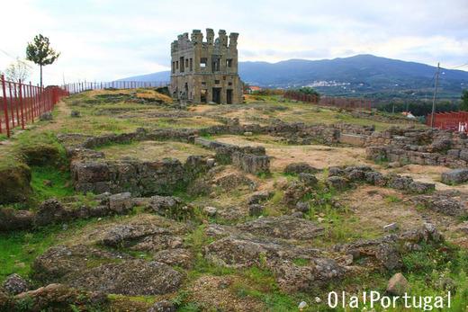 ポルトガルの巨石文化巡り:セントゥム・セラス(ベルモンテ)