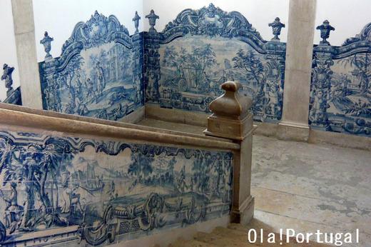 アズレージョの美しいリスボンの美しい修道院