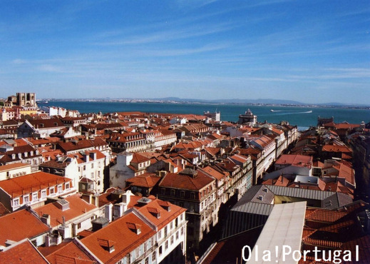 大震災から復興したリスボンの美しい街並み
