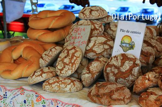 ポルトガル北部のパン:Broa ブロア(とうもろこし粉のパン)