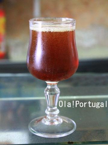 リスボンの伝統的カクテル:Pirata ou Perna de Pau