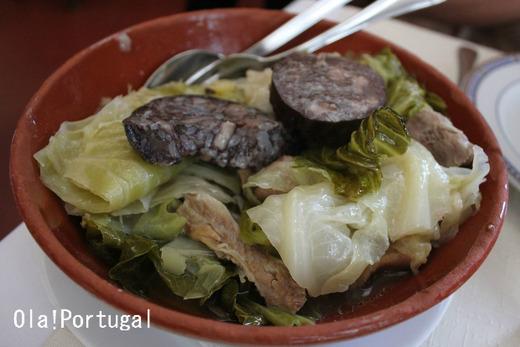 ポルトガル料理:お米入りソーセージのコジード