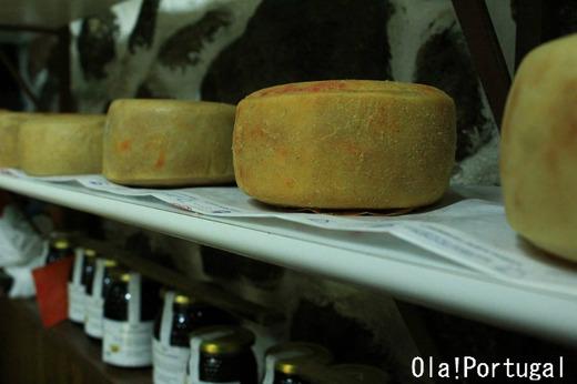 チーズとジャムは絶品の組み合わせ