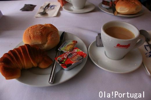 ポルトガル旅行記:ドウロ川クルーズ・船内での食事