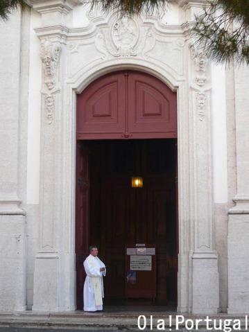 ノッサ・セニューラ・ダ・グラサ教会(アルファマ)