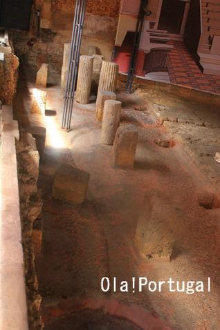 ローマ時代の円形劇場の遺跡:ポルトガル(リスボン)
