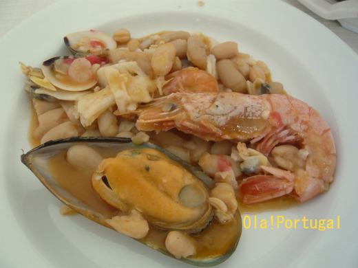 ポルトガル・ラゴスのウマいもの:海鮮豆料理