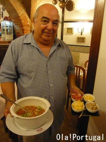 ポルトガル料理:Gaspacho ガスパチョ(野菜たっぷりの冷製スープ)