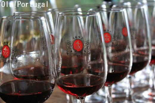 ドウロ川の宝石、ポートワインに酔う