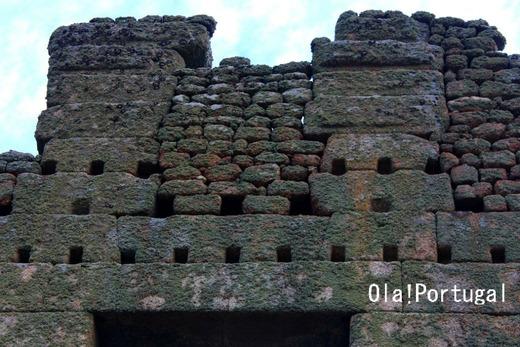 ポルトガルの巨石文化、巨石遺跡:百の小部屋(ベルモンテ)