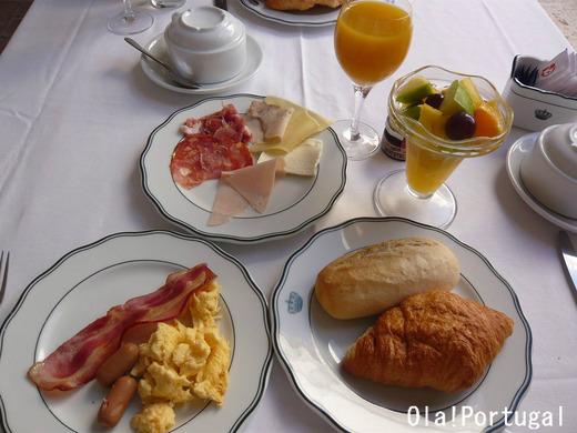 ポザーダの朝食:ヴィラ・ヴィソーザ