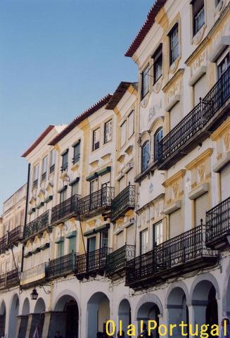アレンテージョ地方の可愛い町:Evora エヴォラ
