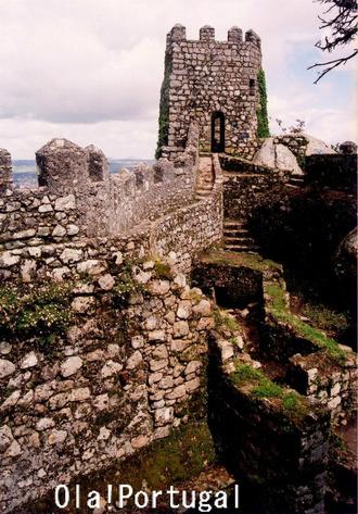 ロケみつ:サキちゃんが目指したポルトガル・ムーアの城跡
