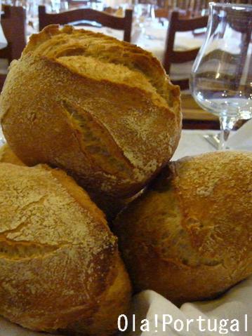 ポルトガル料理:Pao パオン(パン)