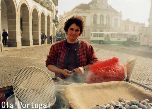 ポルトガルの焼き栗屋