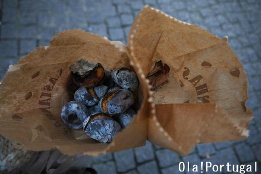 ポルトガルの冬の風物詩:焼き栗