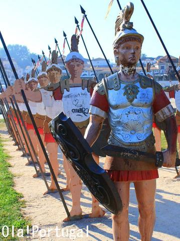 「知っとこ」に登場のポルトガル・リマ川の伝説のローマ兵士の像