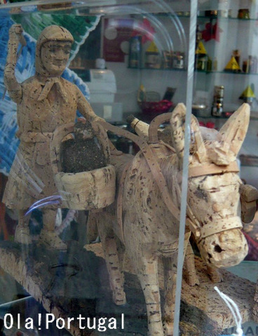 ポルトガル土産:コルク人形