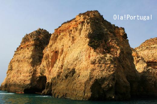 ポルトガル・ラゴスの美しい海岸をボートツアーで巡った