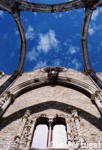 リスボン大震災の遺構:カルモ教会