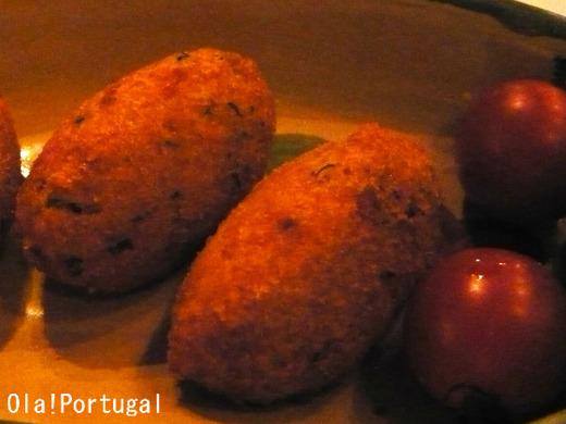 ポルトガル料理:バカリャウ(干し鱈)のコロッケ