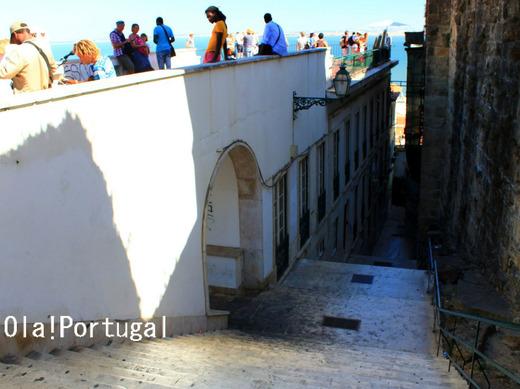 ポルトガルぶらり街歩き:リスボンの下町アルファマ