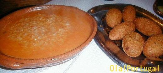 ポルトガル料理:Pasteis de Bacalhau パステス・デ・バカリャウ